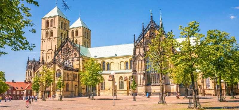 CityGames Münster: der Dom in Münster ist ein Wahrzeichen